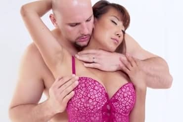 Asian Milf Does An Erotic Massage At JMac Full HD