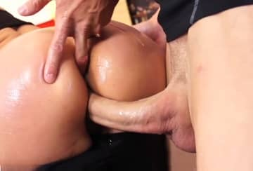 Strong Dick X Hot Mature Bitch HD