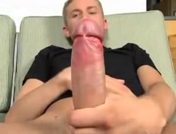 White Guy Jerking His Huge Cock In Hot Video